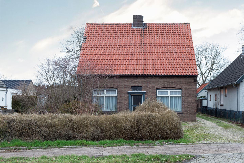 Bekijk foto 3 van Olyhorststraat 25