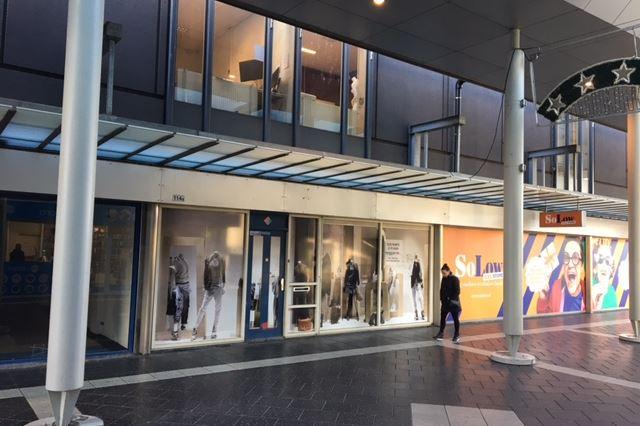Winkelcentrum Woensel 114 a, Eindhoven