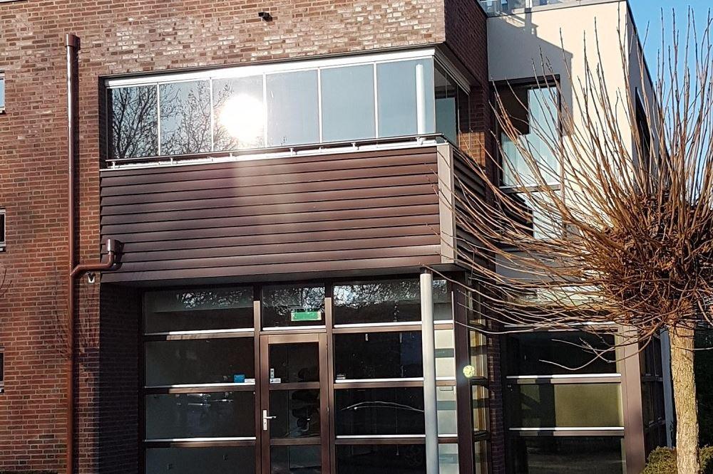 Bekijk foto 2 van Prior van Milstraat 16