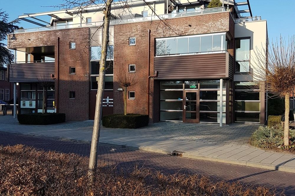 Bekijk foto 4 van Prior van Milstraat 16