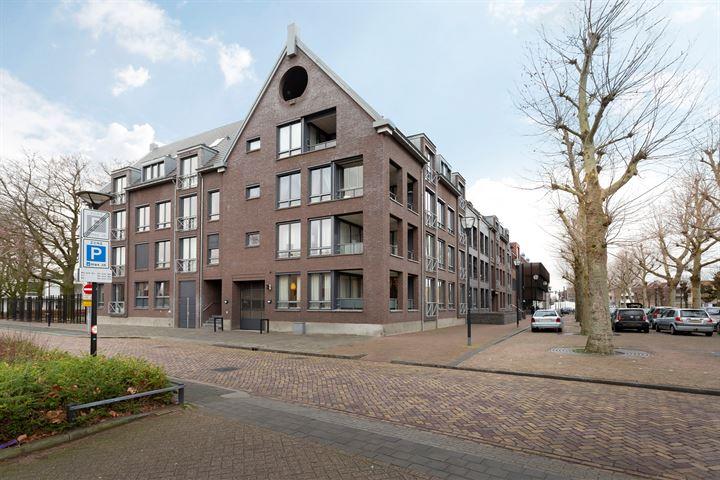 Thomas van Diessenstraat 1 35