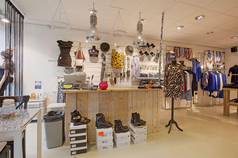 Bekijk foto 4 van Ruysdaelstraat 2