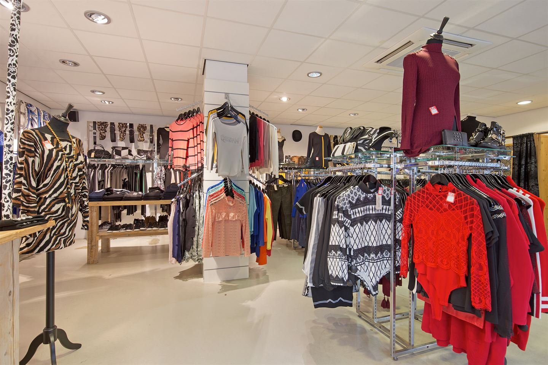 Bekijk foto 5 van Ruysdaelstraat 2