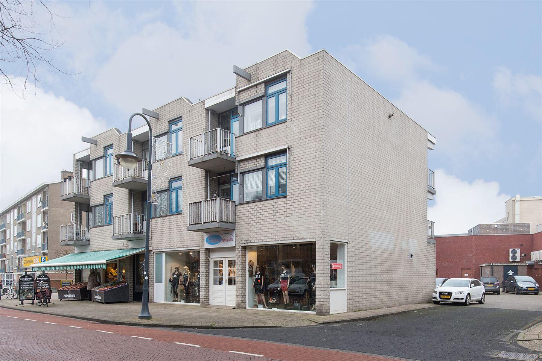 Bekijk foto 1 van Ruysdaelstraat 2