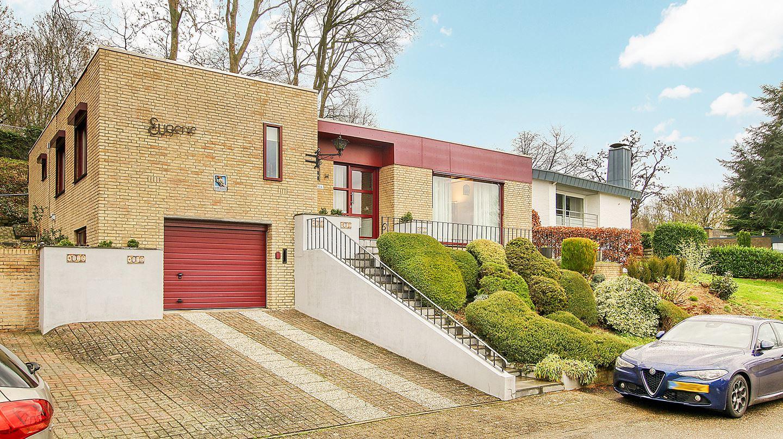 Huis te koop op de graaf 31 6438 ja oirsbeek funda for Woning op funda plaatsen