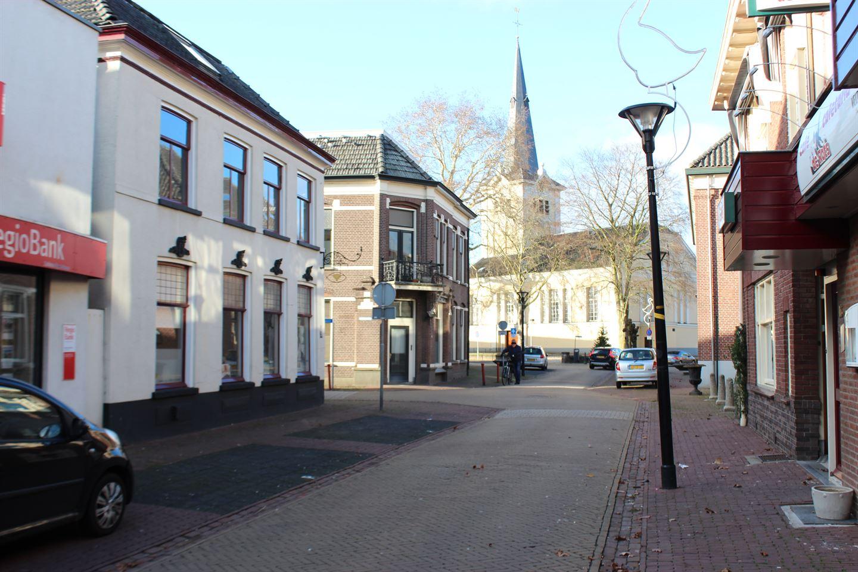 View photo 2 of Grotestraat 25