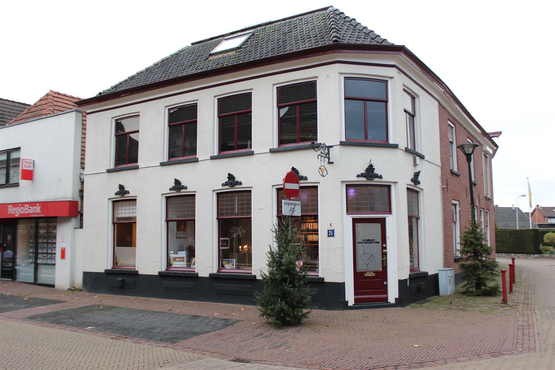 View photo 1 of Grotestraat 25