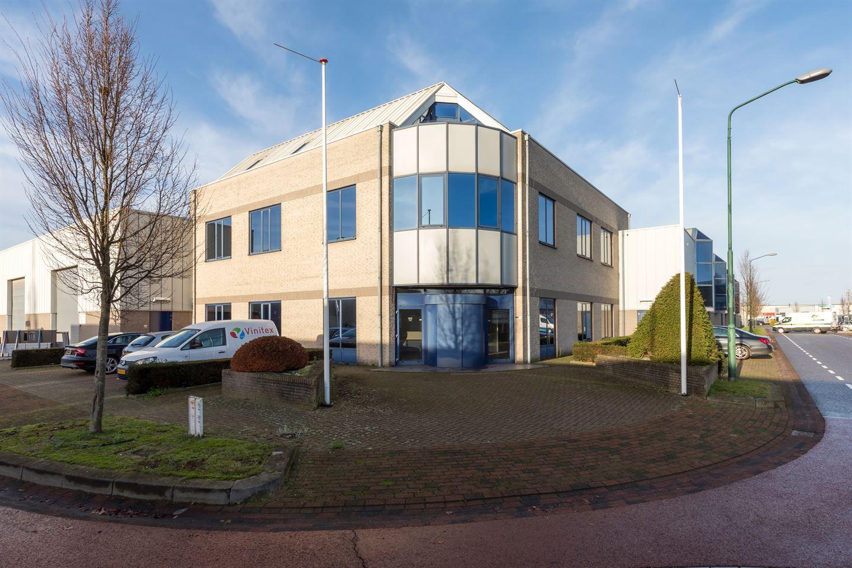 Bekijk foto 1 van Industrieweg 21