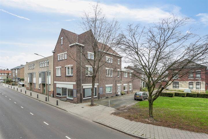 Burgemeester Kessenplein 1, Hoensbroek