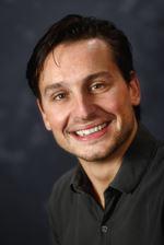 Dennis Putzes (Real estate agent assistant)