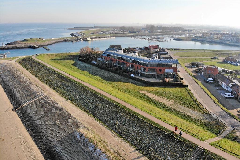 View photo 1 of Nieuwendijk 18