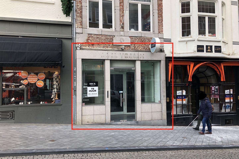 Bekijk foto 1 van Wycker Brugstraat 60