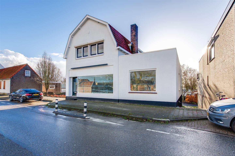 Bekijk foto 2 van Molenstraat 17