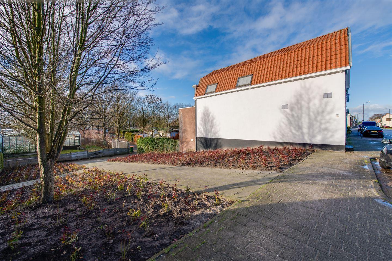 Bekijk foto 4 van Molenstraat 17