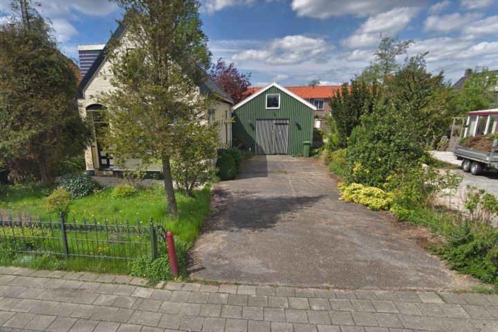 Kadoelenweg 166 .