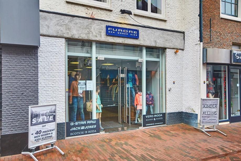Bekijk foto 3 van Donkerstraat 23