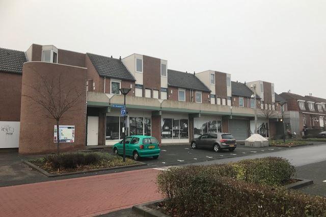 Bekijk foto 1 van Dr. Kuyperstraat 7