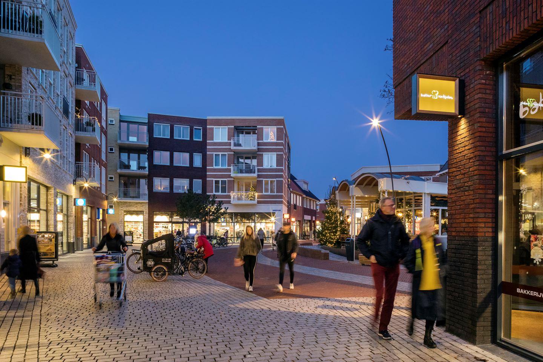 Bekijk foto 3 van Dorpsstraat