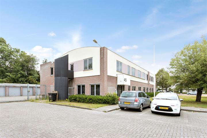 Tuinzigtlaan 45, Breda