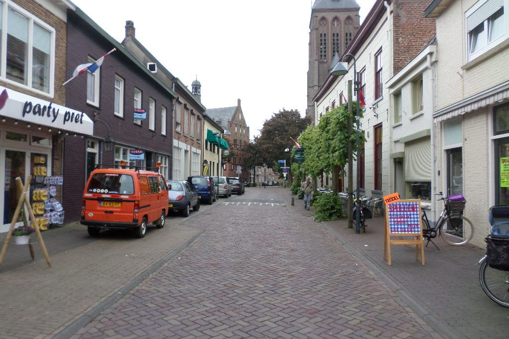 Bekijk foto 2 van Molenstraat 6