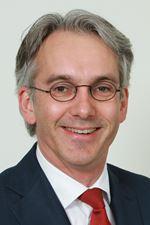 mr. Hugo C. van Wamel MRICS RT CIS HypZert (MLV) REV