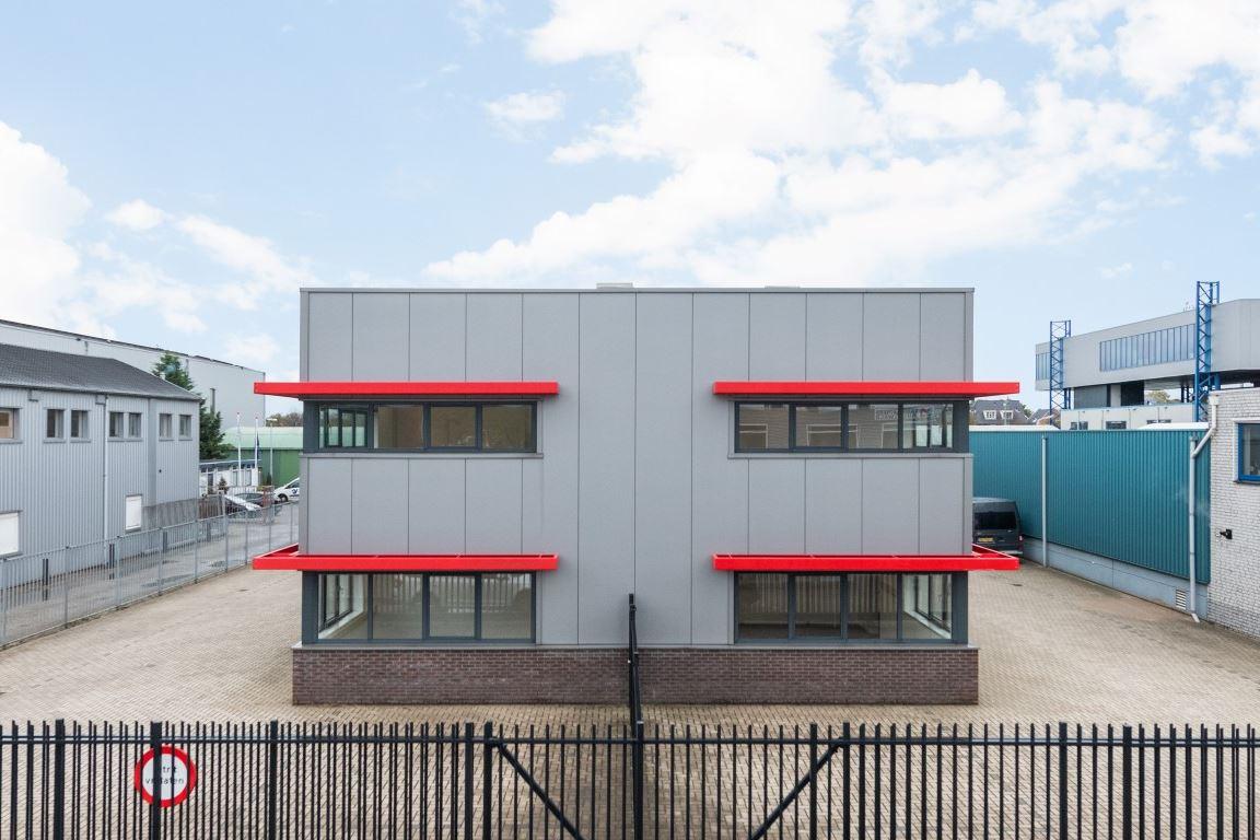 Bekijk foto 3 van Industrieweg 47