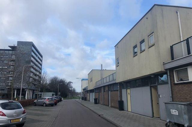 Bekijk foto 3 van Burgemeester Jansenlaan 6