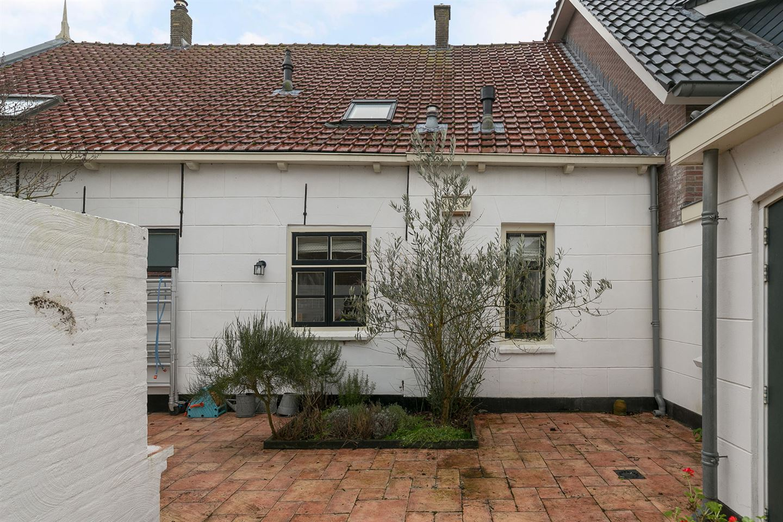View photo 6 of Raadhuisstraat 46