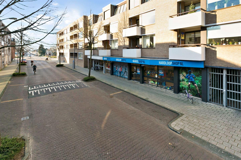 Bekijk foto 2 van Stationsstraat 130