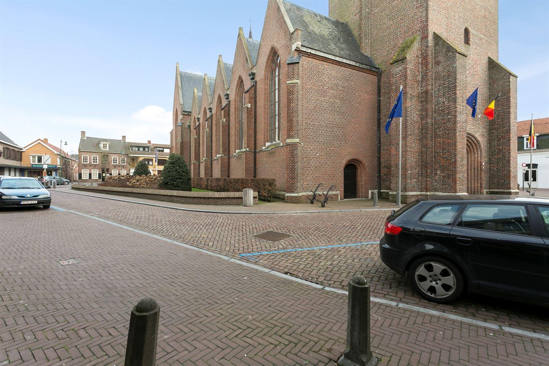 Bekijk foto 3 van Kerkplein 6