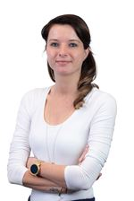 Vera Kelly - Assistent-makelaar