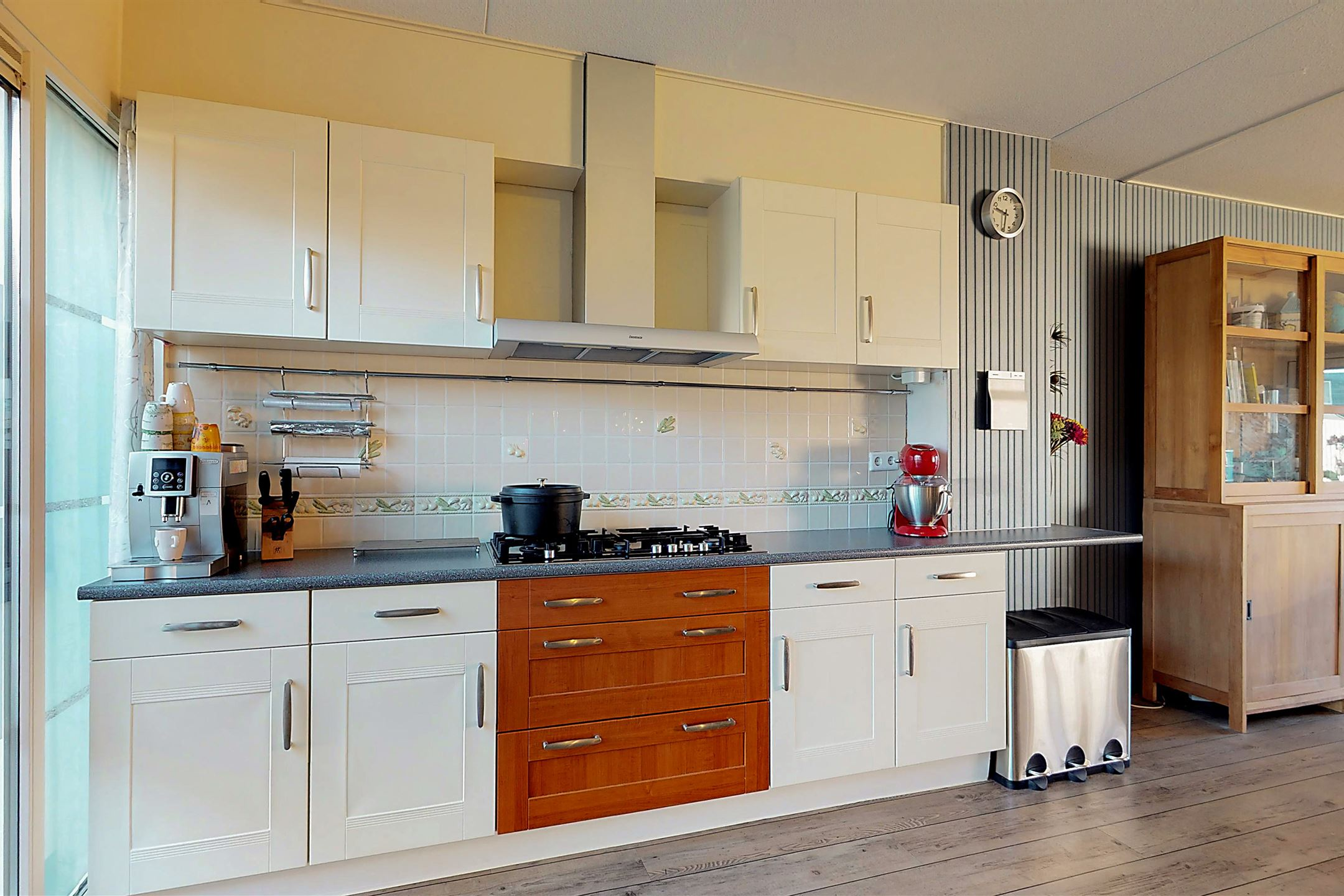 Keuken Design Emmeloord : Huis te koop capellastraat bs emmeloord funda