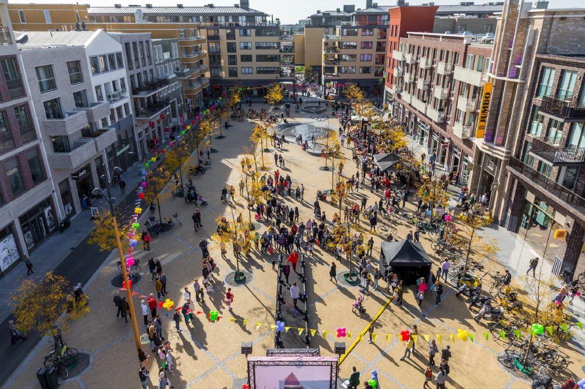 Bekijk foto 2 van Leidsche Rijn Centrum