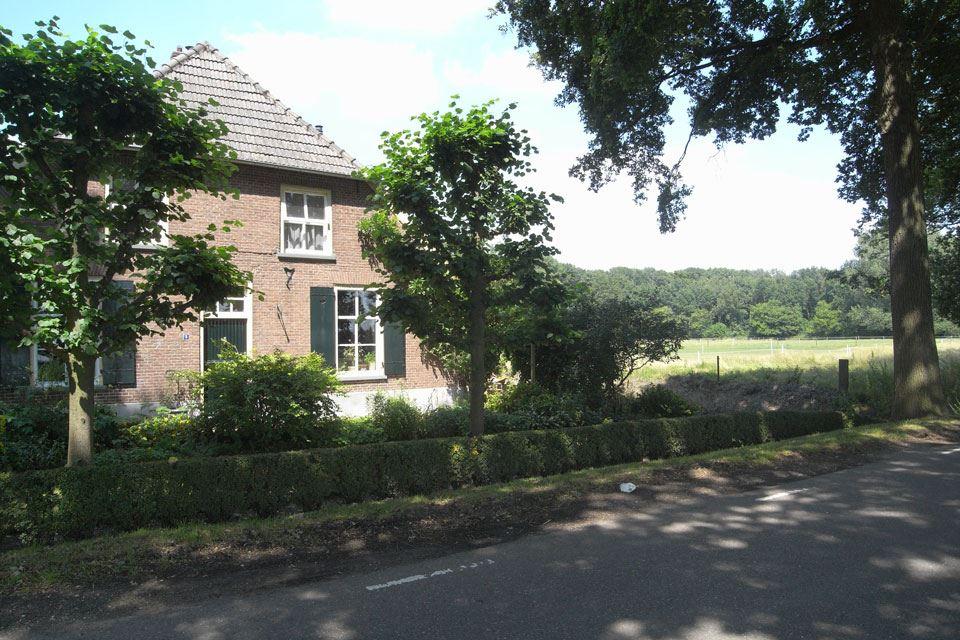 Bekijk foto 2 van Boelenhamsestraat 8