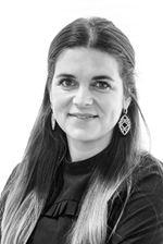 Iris Zecevic (NVM real estate agent)