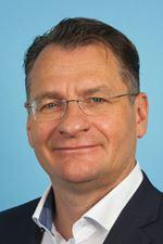 mr. Henk van Diest ()