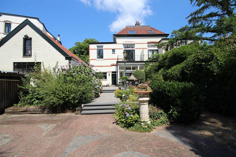 Bekijk foto 3 van Overbeeksingel 17