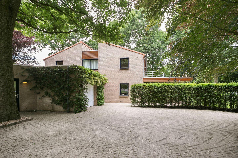 Bekijk foto 3 van Merovingenstraat 32