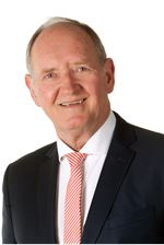 J. van Klinken MRICS RT (NVM real estate agent)