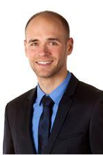 Marten van Klinken BBE (Sales employee)