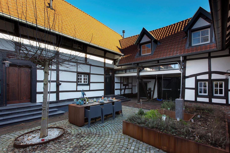 Bekijk foto 2 van Dorpsstraat 36