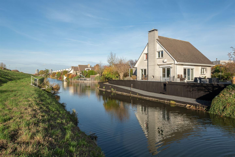 Bekijk foto 1 van Willemijn Posthumusstraat 9
