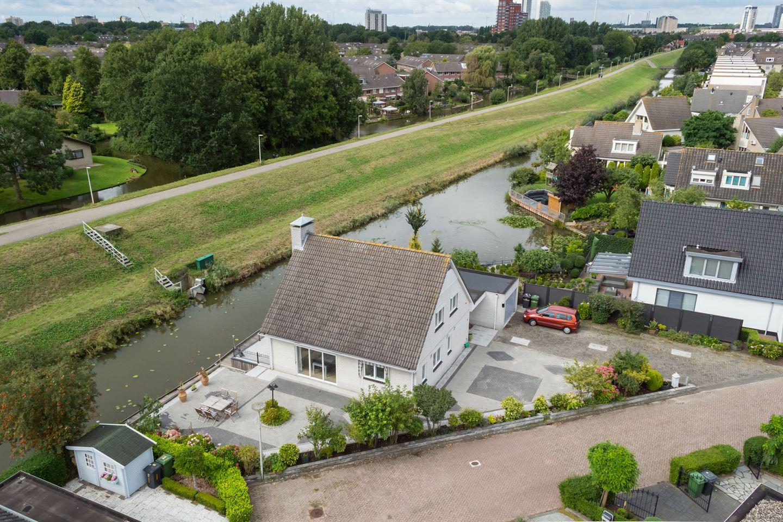 Bekijk foto 3 van Willemijn Posthumusstraat 9