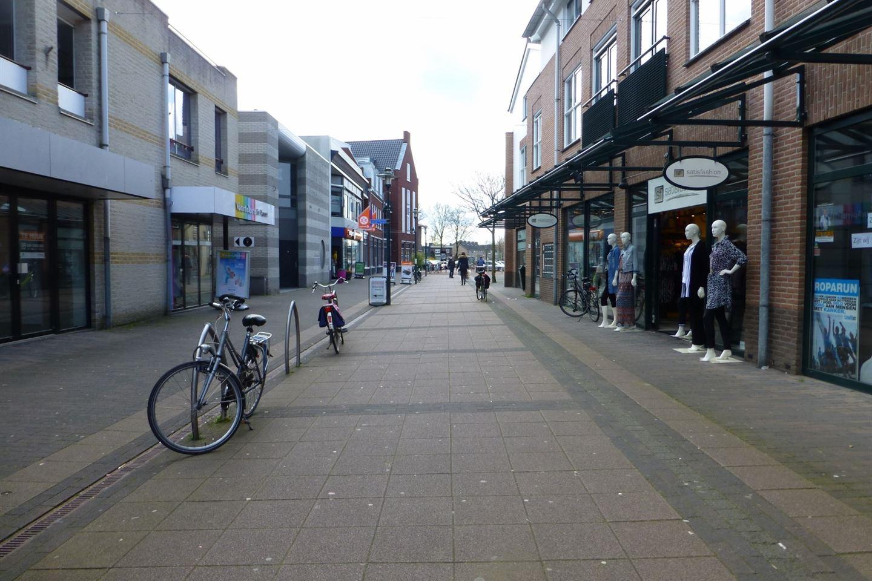 Bekijk foto 3 van Julianaplein 95