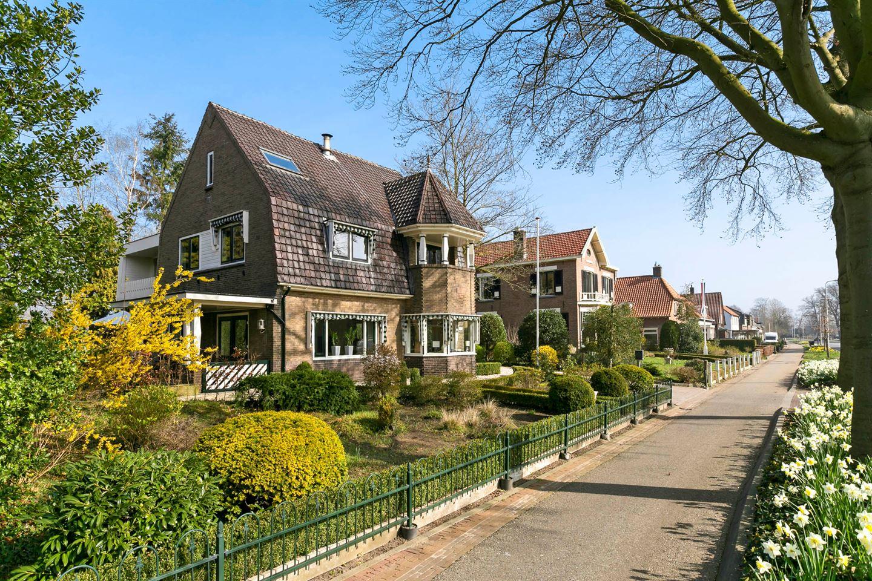 Bekijk foto 2 van Rijksstraatweg 82