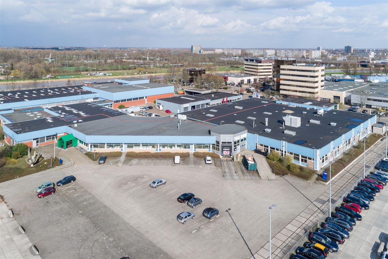 Bekijk foto 2 van Avelingen-West 6