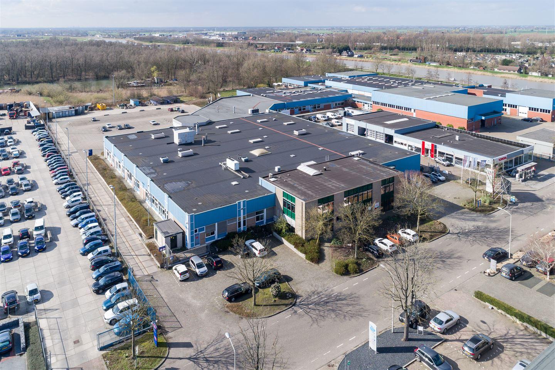 Bekijk foto 1 van Avelingen-West 6