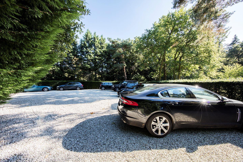 Je toekomstige parkeerplaats (auto moet je er nog even bijkopen..)