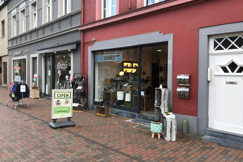 Bekijk foto 1 van Maastrichterlaan 42
