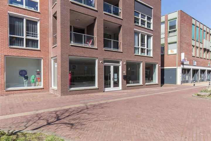 Raadhuisplein 11, Barneveld